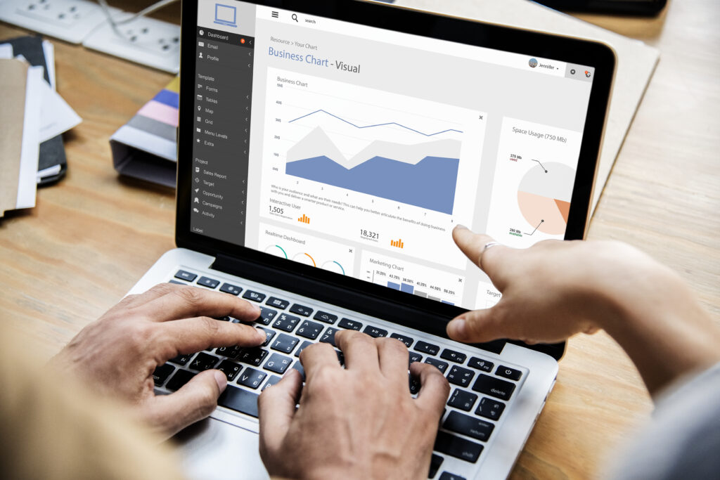 Odczytywanie danych z wykresu dotyczącego strony internetowej